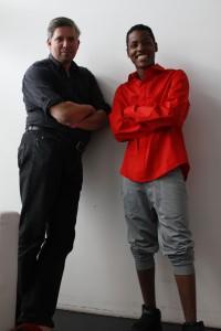 "Das Team hinter ""Jonny Black"": Axel Menzer und Joseph Nyamoga (v.l.)"