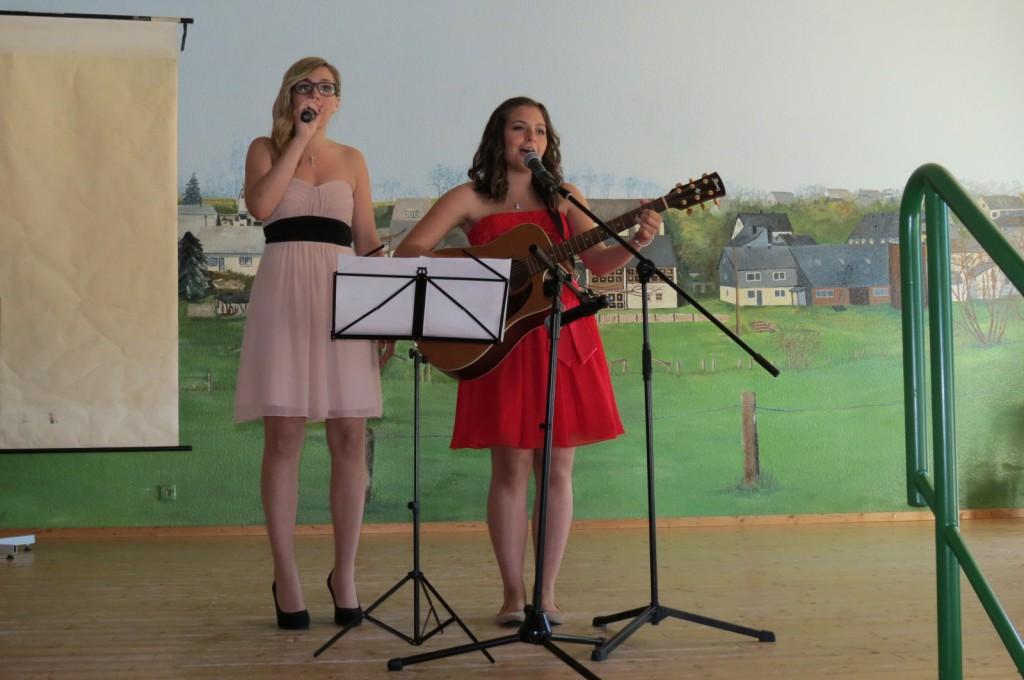 Pascale Parthier und Jessica Chrispens verabschieden sich musikalisch