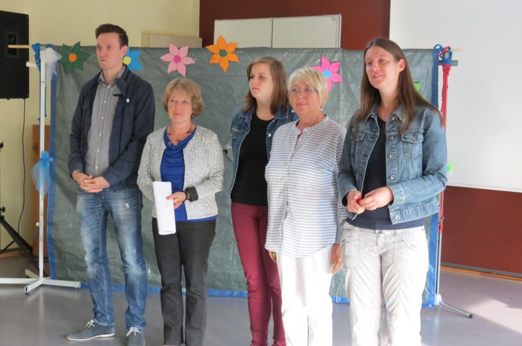 Das neue Lehrerteam der LG 5: Hr. Streicher, Fr. Zimmermann, Fr. Kostecki, Fr. Peters und Fr. Wild (v. rechts)