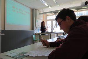 DFH bei ihrem Vortrag zu den verschiedenen Ausbildungsberufen.